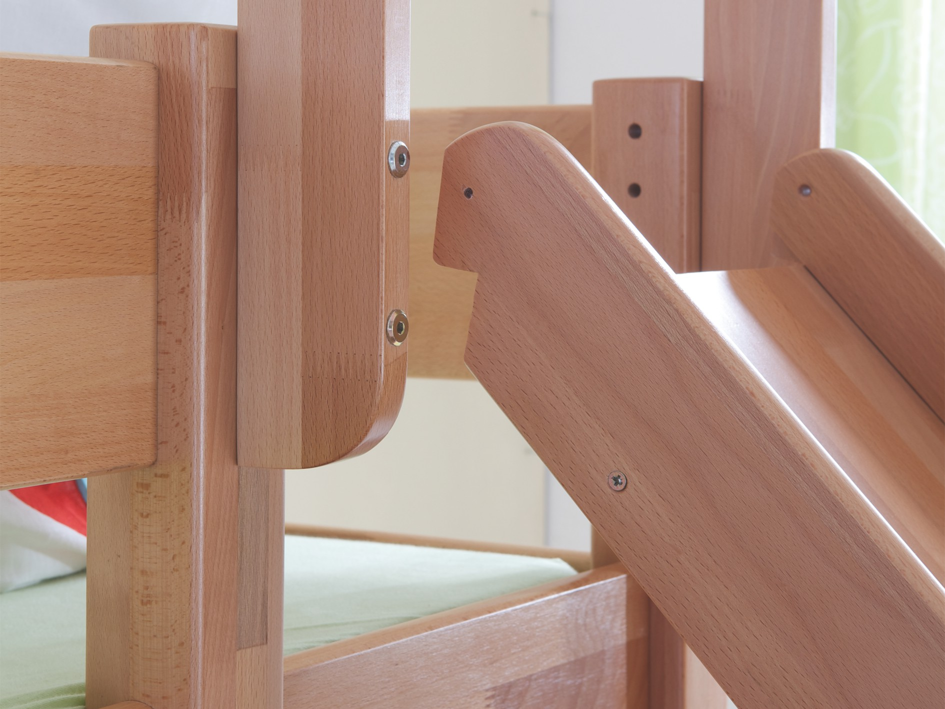 kinder stockbett buche 90x200 halbhochbett spielbett. Black Bedroom Furniture Sets. Home Design Ideas
